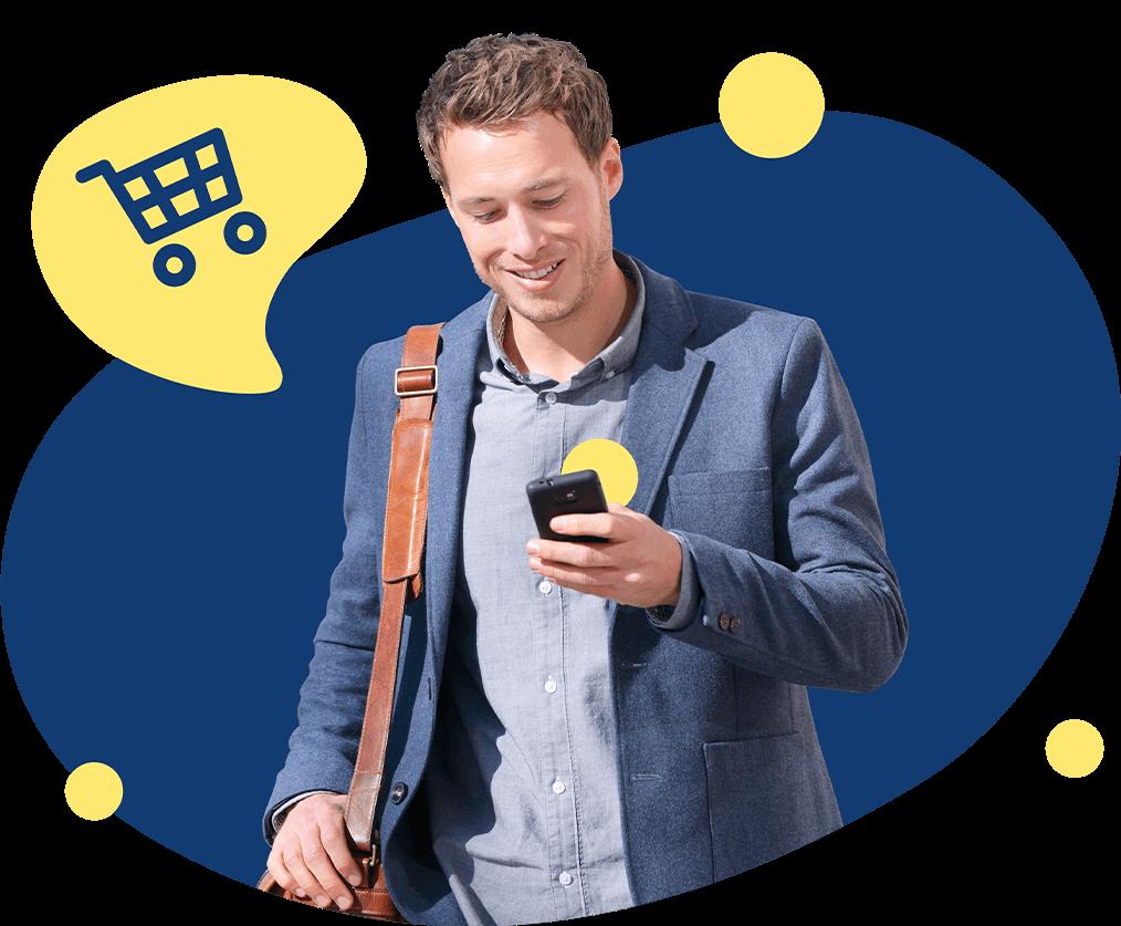 Chico comprando con celular online ahorro